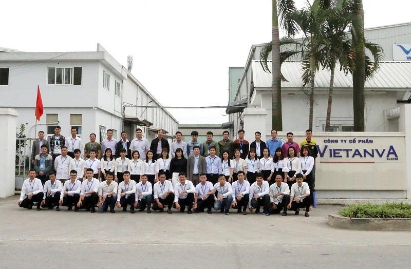 ảnh tập thể nhân viên công ty Việt An